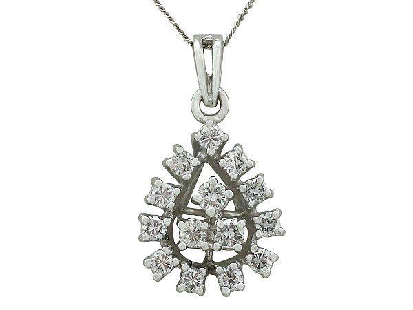 contemporary diamond pendant