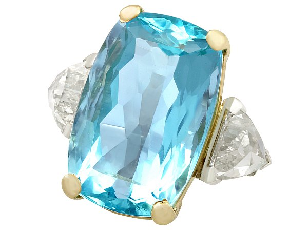 Are Aquamarines Good Engagement Rings?