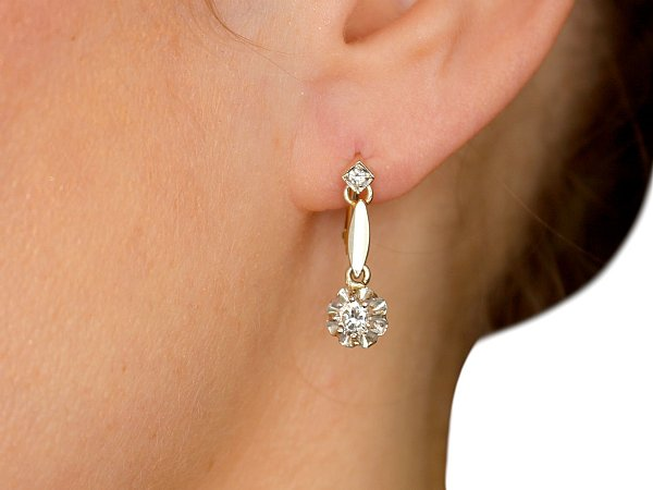 Earrings to Match Your Wedding Dress