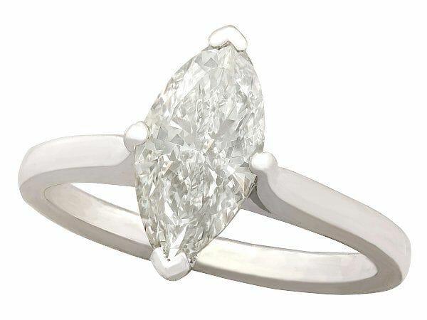 diamond white gold soliatire vintage