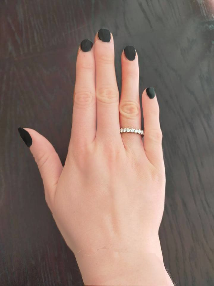 How to Wear Bridal Rings