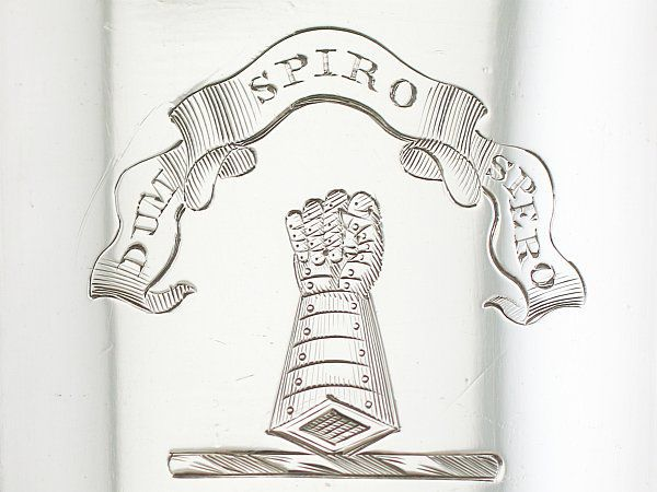 crest and motto