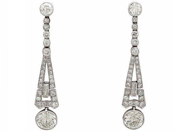 choosing earrings that suit you