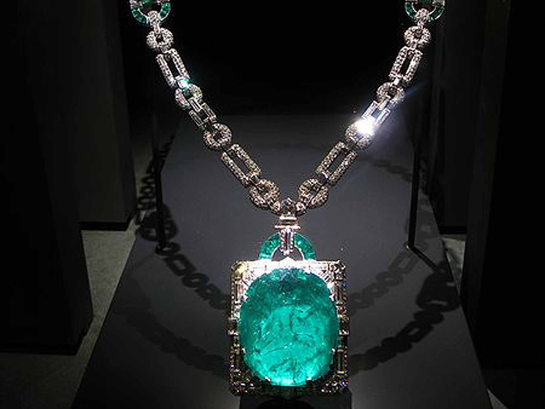 what is fine jewellery