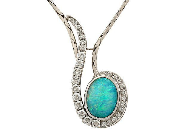 how to wear an opal necklace
