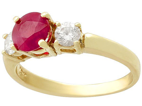 Top Ruby Engagement Rings Under £3000