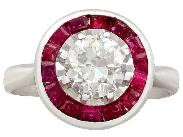 Top Engagement Rings Under £3000
