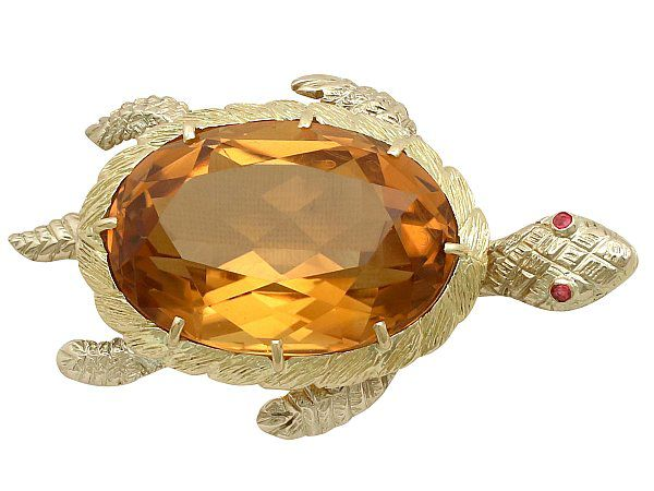 citrine and yellow gold brooch