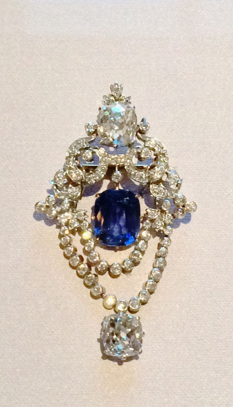 tiffany and co sapphire pendant
