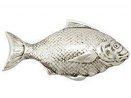 fish caddy spoon
