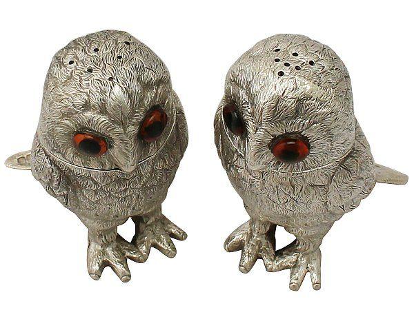 Owl Pepperetter