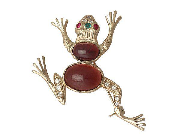 garnet frog brooch