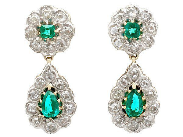 emerald earrings for new year