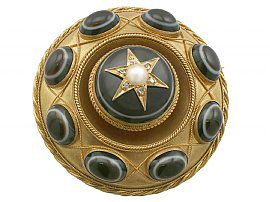 Agate and Seed Pearl, Diamond and 20 ct Yellow Gold Mourning Brooch - Antique Victorian