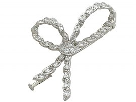 0.97 ct Diamond and 18 ct White Gold Bow Brooch - Antique French Circa 1930