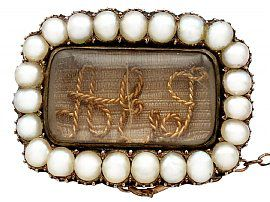 Pearl and 9ct Yellow Gold Memorial Brooch - Antique Circa 1840